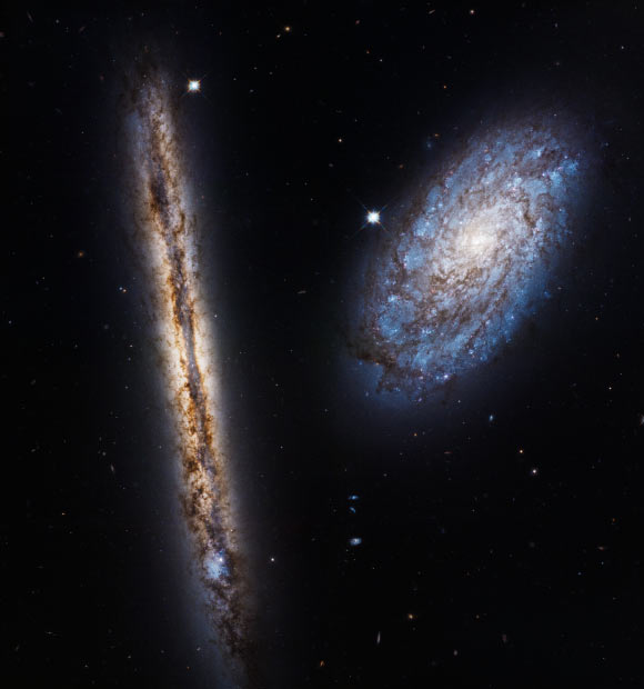 Hubble Celebrates 27th Anniversary with Photo of Galaxy ...